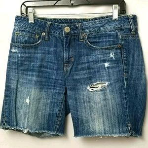 American Eagle Jean Size 4 Distressed Shorts